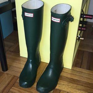 Matte Green Hunter boots
